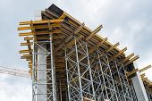 pic of rafters  - Construction site - JPG