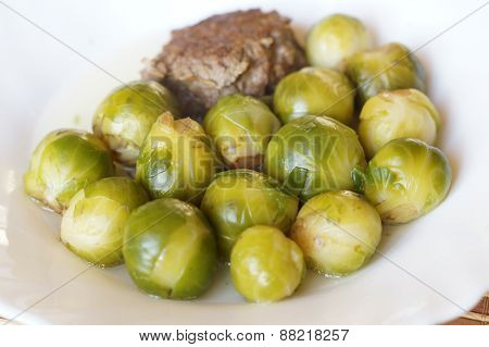Brussels sprout with meat cutlet