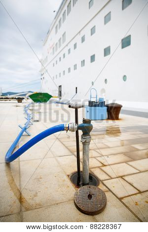 Refilling Cruise Ships Water Tanks