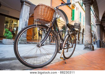 Old fashion bicycle on the street of Pisa, Italy