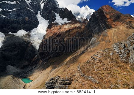Alpine landsape in Cordiliera Huayhuash, Peru, South America