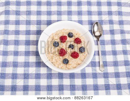 Oatmeal With Raspberries And Blueberries