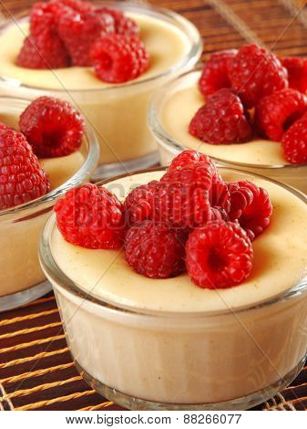 Vanilla Cream With Raspberries