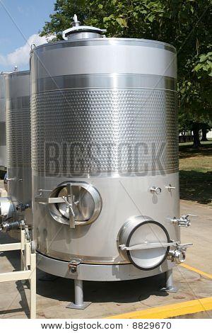 Wine fermenting or storage tank