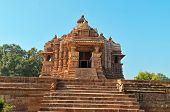 picture of khajuraho  - Chitragupta temple - JPG
