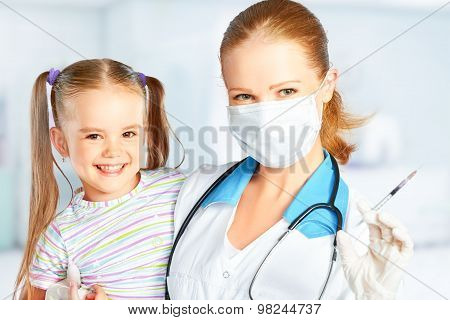 Doctor A Pediatrician Makes Child Vaccinated