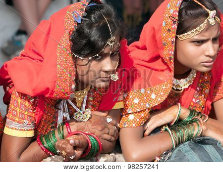 An Unidentified Girls In Colorful Ethnic Attire Attends At The Pushkar Fair. Pushkar, Rajasthan, Ind