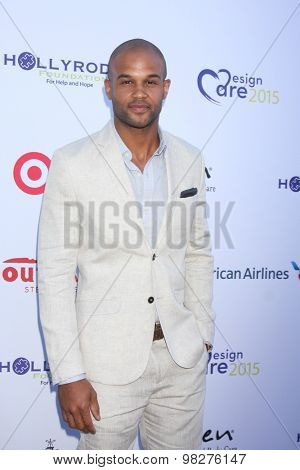 LOS ANGELES - AUG 8:  Andre Douglas at the 17th Annual HollyRod Designcare Gala at the The Lot on August 8, 2015 in West Hollywood, CA