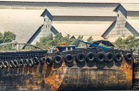picture of barge  - empty cassava barges floating in river  - JPG