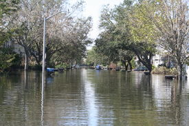 picture of katrina  - this photo shows the flooding incurred in new orleans after hurricane katrina - JPG