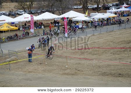 Cyclocross Start