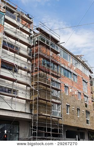 Good insulation in new residential building shell