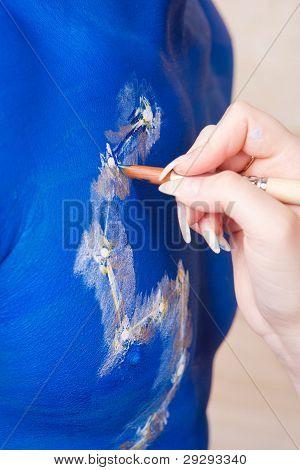 Female Bodyart Artist Making Initial Preparation. Bodyart Project