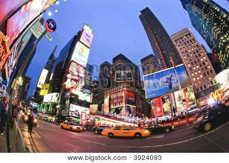 Nov 4, 2008 - The Times Square In Nyc