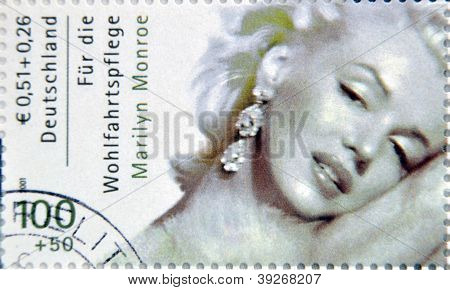 GERMANY - CIRCA 2001:A stamp printed in Germany shows Marilyn Monroe circa 2001