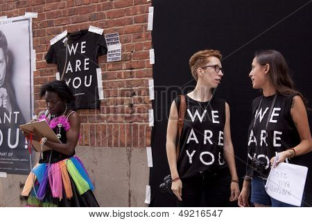 NEW YORK-JUN 30: Photographer iO Tillett Wright sets up her Self Evident Truths project to photograph people within the LGBTQ spectrum at the 44th Annual NYC Pride March on June 30, 2013 in Manhattan.