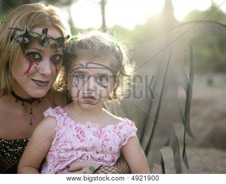Woman Dress For HalloweeWn ith Make-up Girl
