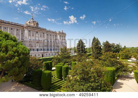 Madrid Royal Palace And Sabatini Gardens