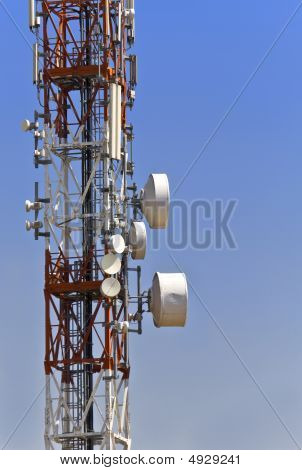 Communication tower with parabolic antennas
