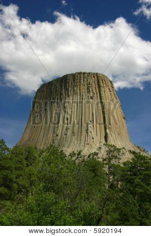 Devils Tower Cloud