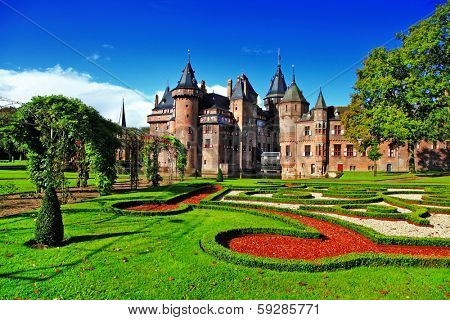 beautiful romantic holland castle de Haar