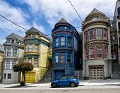 pic of victorian houses  - Painted Ladies victorian houses in San Francisco USA - JPG