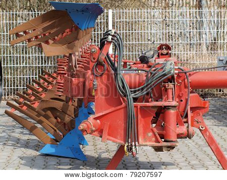Tillage Machine - Plow