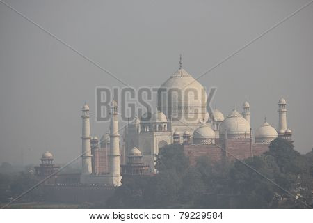 The Taj mahal overview