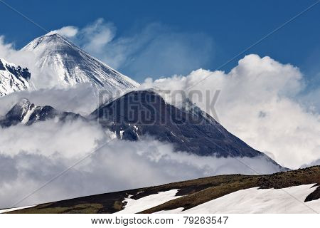 Beauty Active Volcanoes Of Kamchatka: Kliuchevskoi, Bezymianny