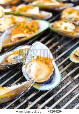 Green Mussel (perna Viridis) On The Grill.