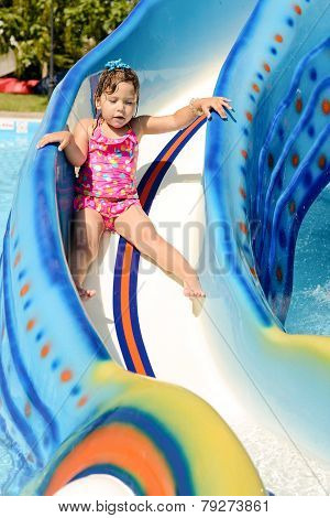 Toddler Girl   In Aqua Park