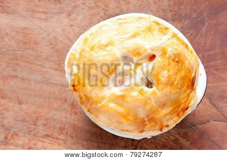 turkey pot pie with pastry top