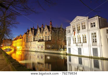 Bruges. Green Canal.
