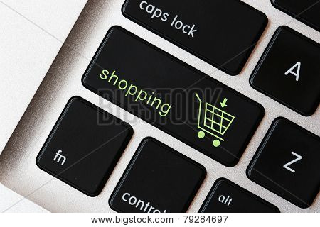 Shopping sign on the keyboard