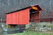 Постер, плакат: Covered Bridge At Hundred