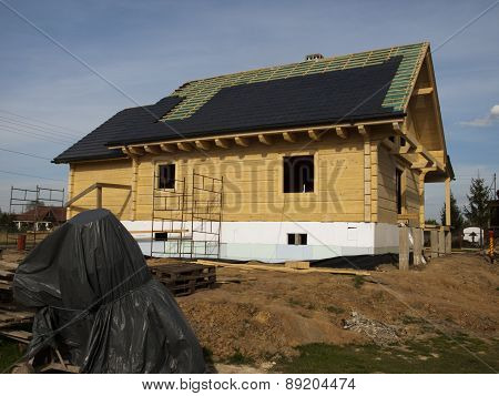 performance of ceramic tiled roof for a wooden house