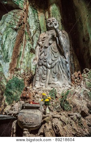 Statue of Budda in Marble Mountains, Vietnam