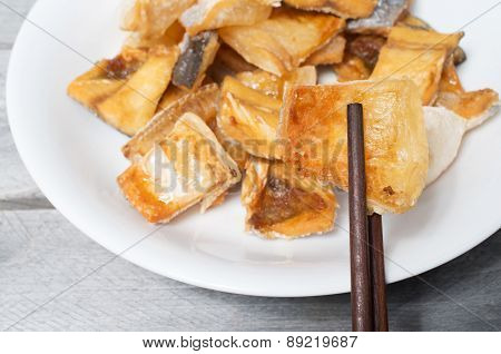 Vietnamese  Deep Fried Dried Pangasius Kunyit Fish, Ca Dua Kho Chien
