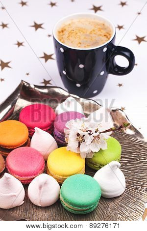 macaroon and marshmallow with coffee
