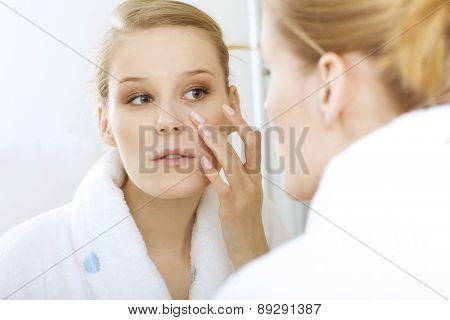 woman reflexion in mirror