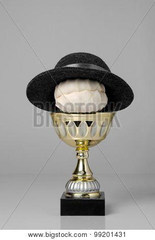Zephyr Winner In The Hat