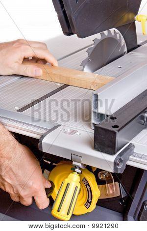 controll circular saw