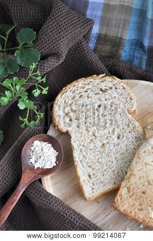 Wheat Bread With Oat