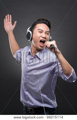 Vietnamese Musician