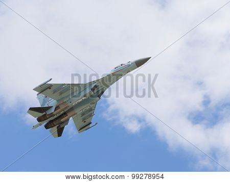 Plane Flight Of Su-27
