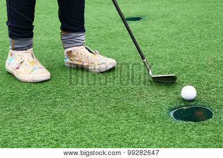 golf game for kids in country club