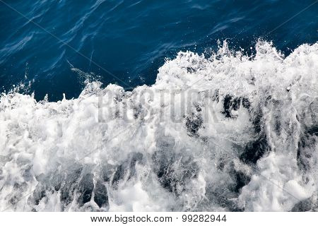 Water Waves With Foam