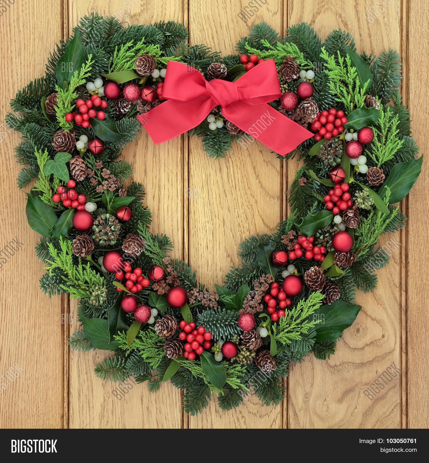 welcome christmas wreath on - photo #22
