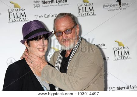 LOS ANGELES - SEP 26:  Diane Warren, Robert Englund at the Catalina Film Festival Saturday Gala at the Avalon Theater on September 26, 2015 in Avalon, CA