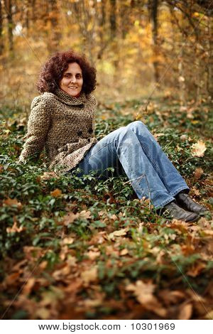Jovem senhora da floresta